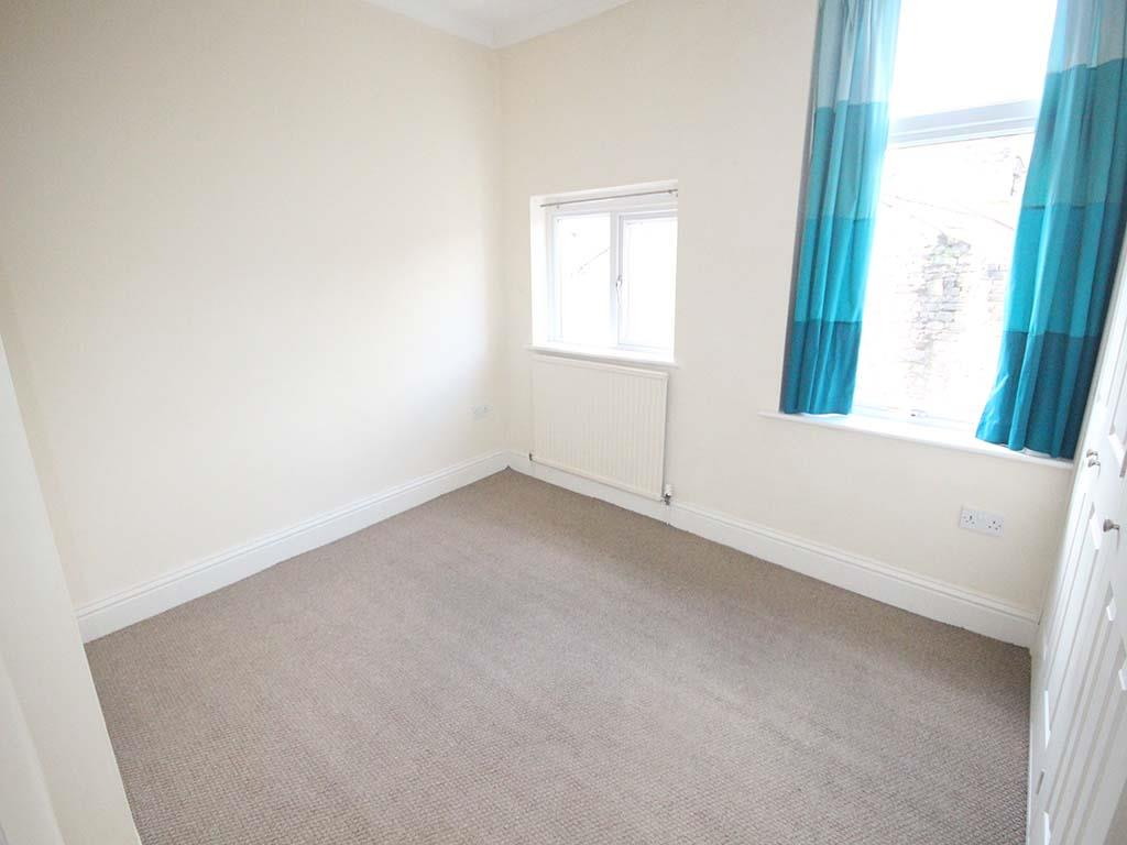 2 bedroom mid terrace house For Sale in Barnoldswick - IMG_7399.jpg